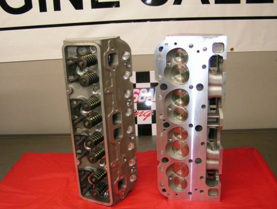 image of Chevy Vortec Aluminum 350 Cylinder Heads